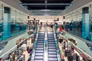 shop-fitting-Interior-hull
