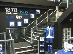 17 - Everton Store