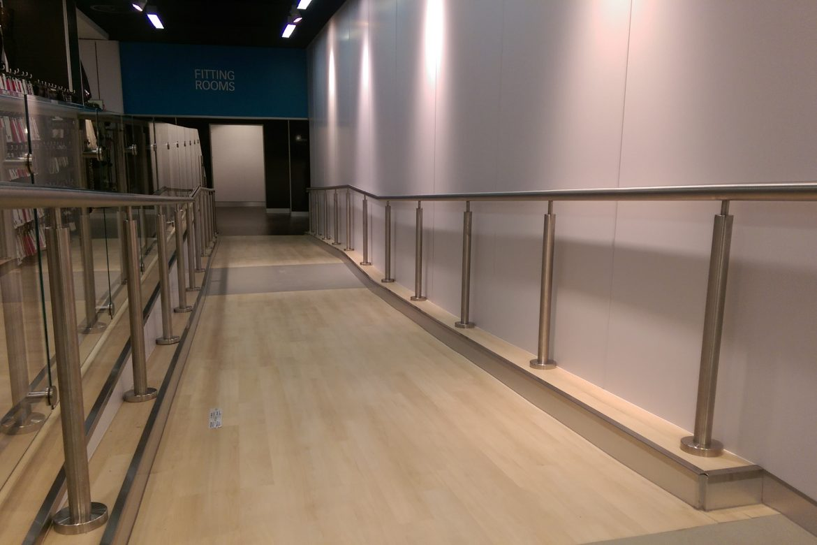 Stainless Steel Access Ramp – SYL – Ipswich