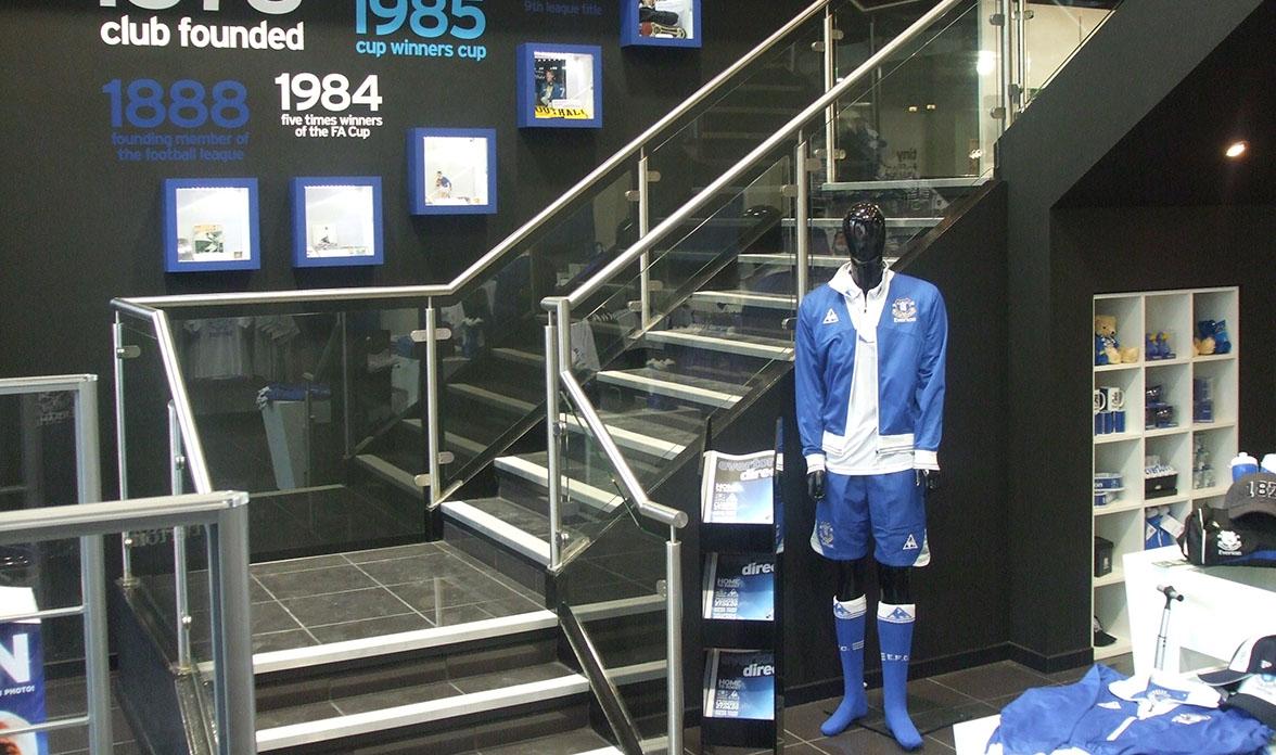 Custom-steel-hull-Everton-Store