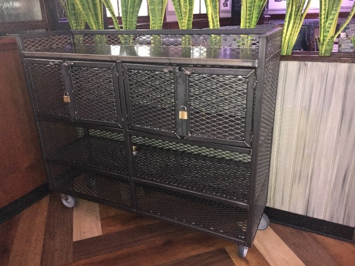 Cocktail Cabinet – Silvers Cocktail Bar, Hull